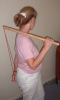 The Wand press into the pressure points of shoulder girdle and neck muscles.